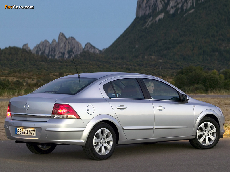 Images of Opel Astra Sedan (H) 2007 (800 x 600)
