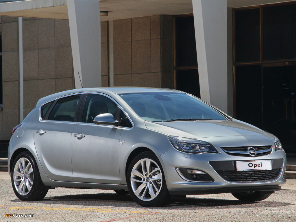 Images of Opel Astra ZA-spec (J) 2013 (1024 x 768)