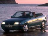 Opel Astra Cabrio (F) 1993–94 images
