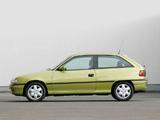 Opel Astra 3-door (F) 1994–98 images
