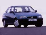Opel Astra Sedan (F) 1994–98 photos