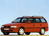 Opel Astra Caravan (F) 1994–98 photos