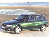 Opel Astra 5-door (F) 1994–98 pictures
