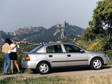 Opel Astra Sedan (G) 1998–2004 pictures