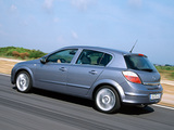 Opel Astra Hatchback (H) 2004–07 images