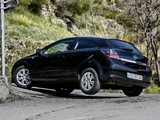 Opel Astra GTC 1.9CDTi (H) 2005–10 images