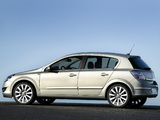 Photos of Opel Astra Hatchback (H) 2007