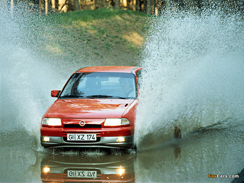Pictures of Opel Astra GSi (F) 1991–98 (800 x 600)