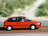 Pictures of Opel Astra 3-door (F) 1994–98
