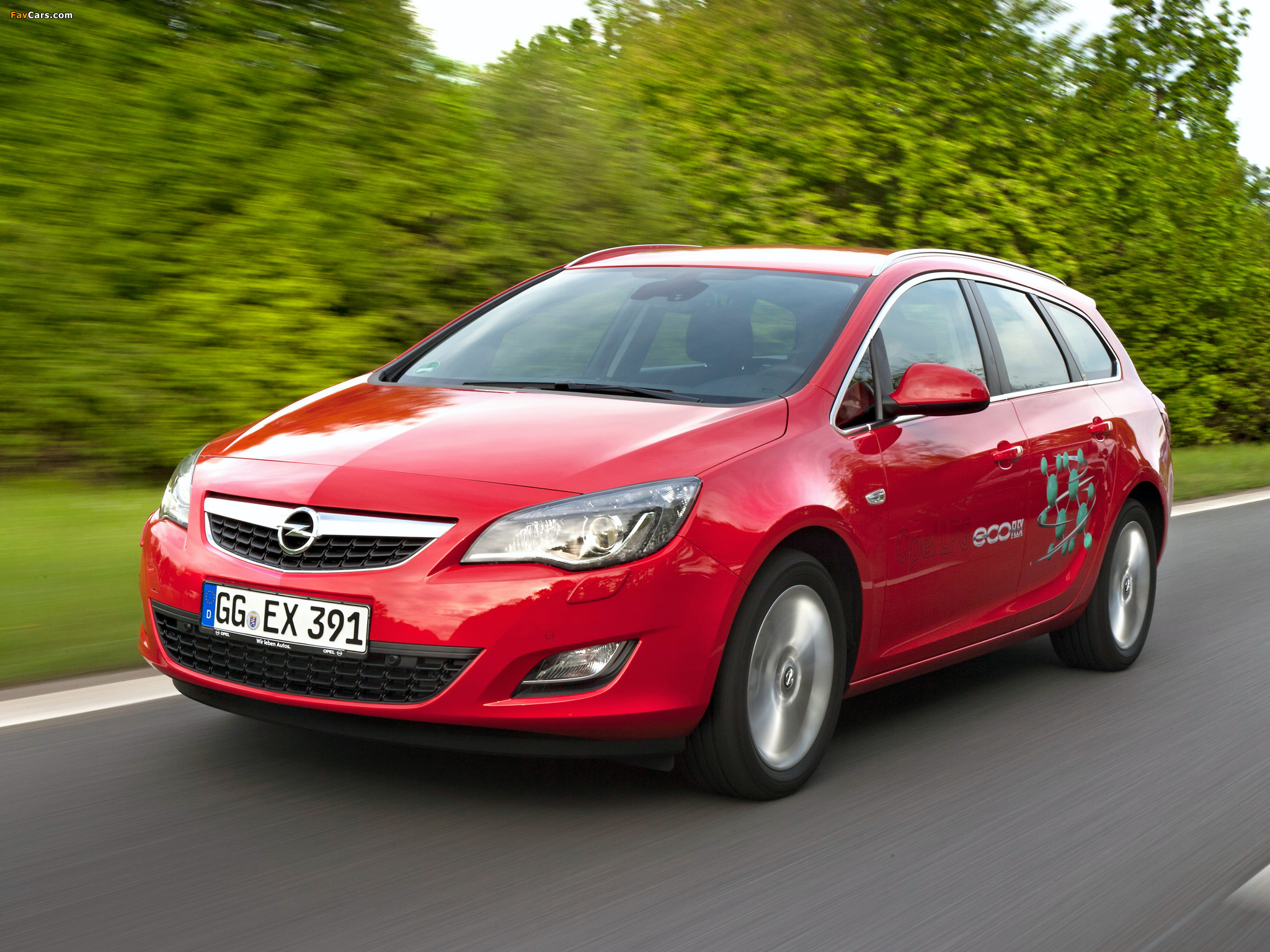 Pictures of Opel Astra ecoFLEX Sports Tourer (J) 2010–12 (2048 x 1536)