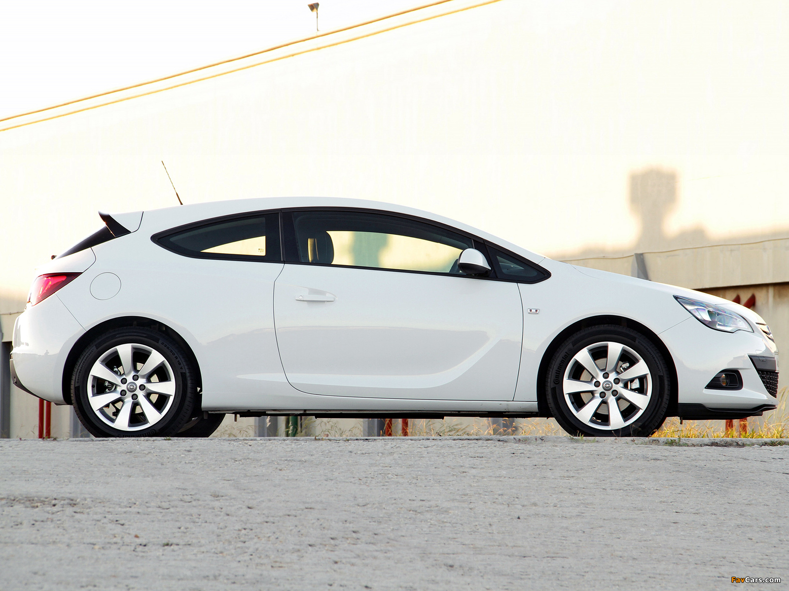 Pictures of Opel Astra GTC ZA-spec (J) 2012 (1600 x 1200)