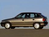 Opel Astra 5-door (F) 1994–98 wallpapers