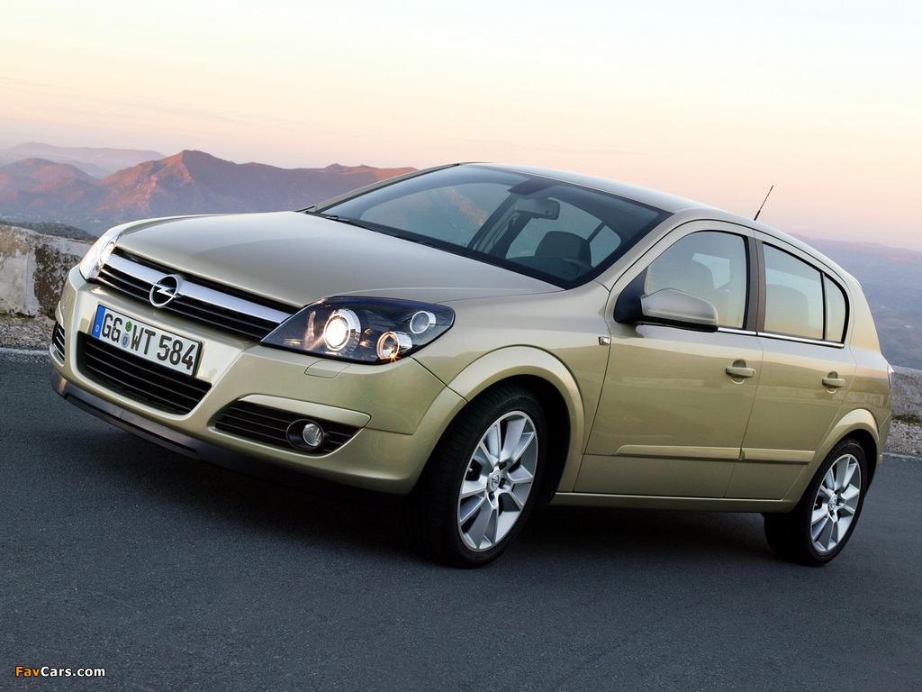 Opel Astra Hatchback (H) 2004–07 wallpapers (1024 x 768)