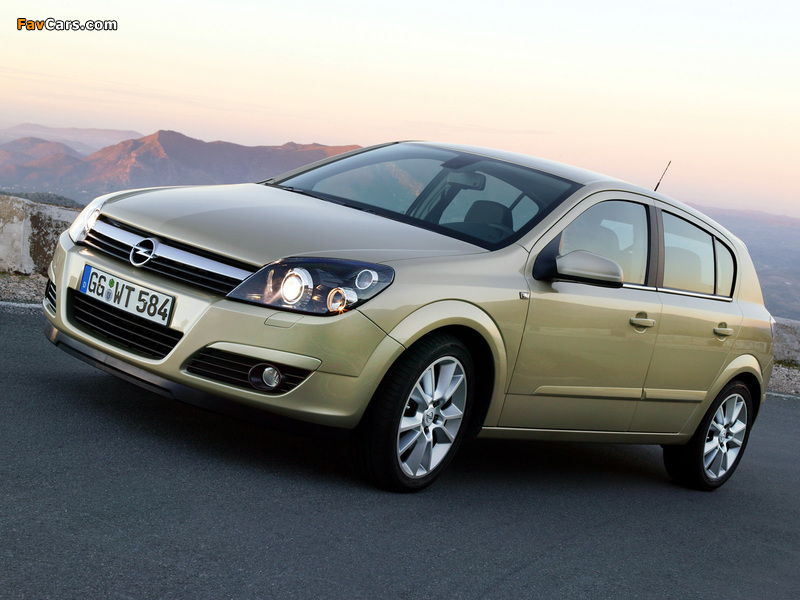 Opel Astra Hatchback (H) 2004–07 wallpapers (800 x 600)