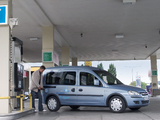 Pictures of Opel Combo Tour CNG (C) 2009–11