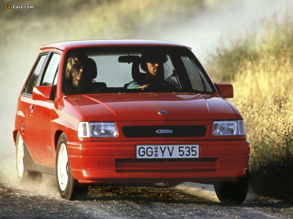 Images of Opel Corsa GSi (A) 1990–93 (1024 x 768)