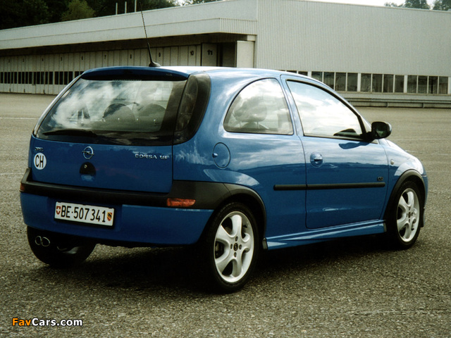 Images of Opel Corsa GSi (C) 2000–06 (640 x 480)
