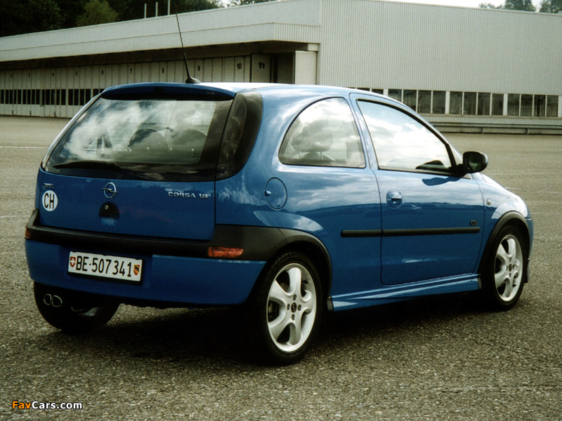 Images of Opel Corsa GSi (C) 2000–06 (800 x 600)