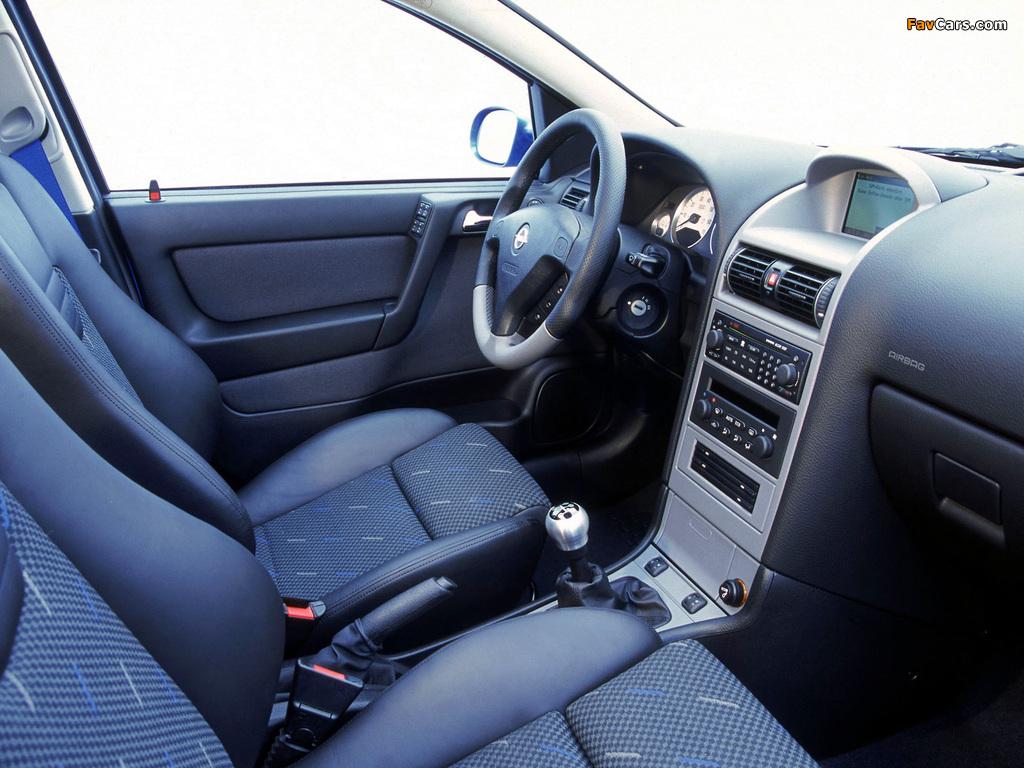 Opel Corsa 3-door (C) 2003–06 photos (1024 x 768)