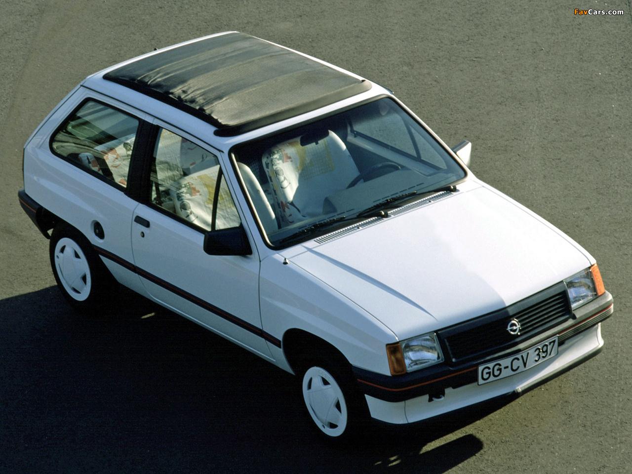 Photos of Opel Corsa Steffi Graf Special (A) 1986–89 (1280 x 960)