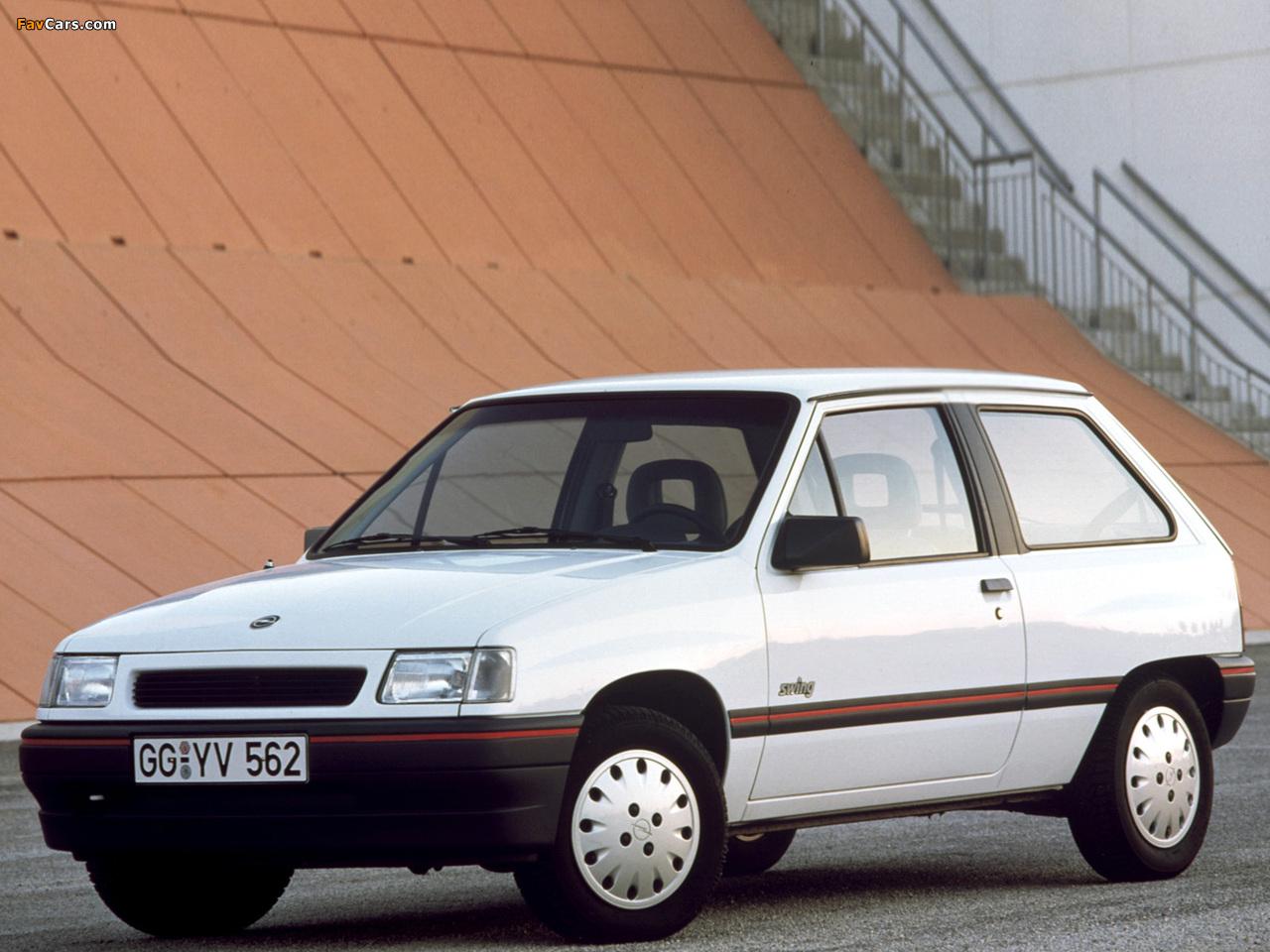 Photos of Opel Corsa 3-door (A) 1990–93 (1280 x 960)