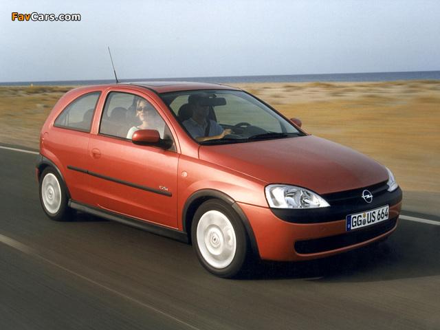 Photos of Opel Corsa GSi (C) 2000–06 (640 x 480)