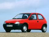 Pictures of Opel Corsa 3-door (B) 1993–97