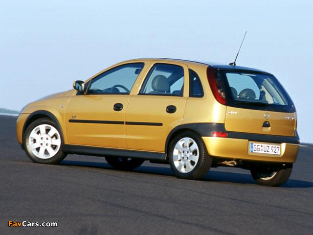 Pictures of Opel Corsa 5-door (C) 2000–03 (640 x 480)