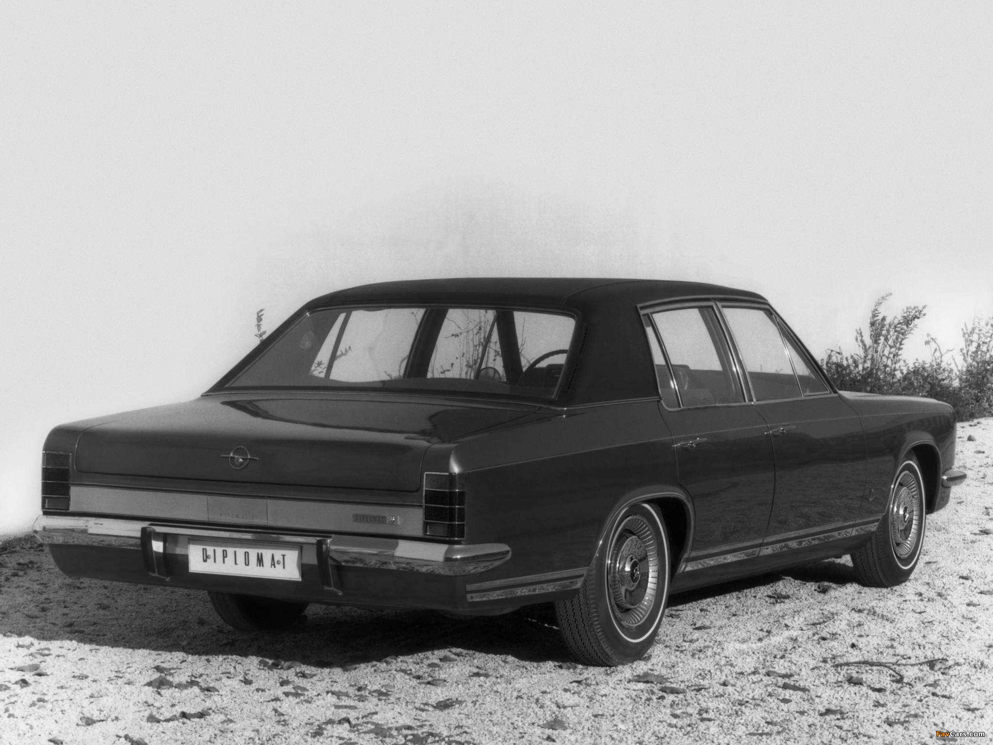 Opel Diplomat V8 (B) 1969–77 pictures (2048 x 1536)