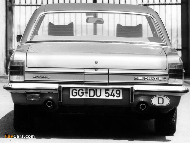 Photos of Opel Diplomat V8 (B) 1969–77 (640 x 480)