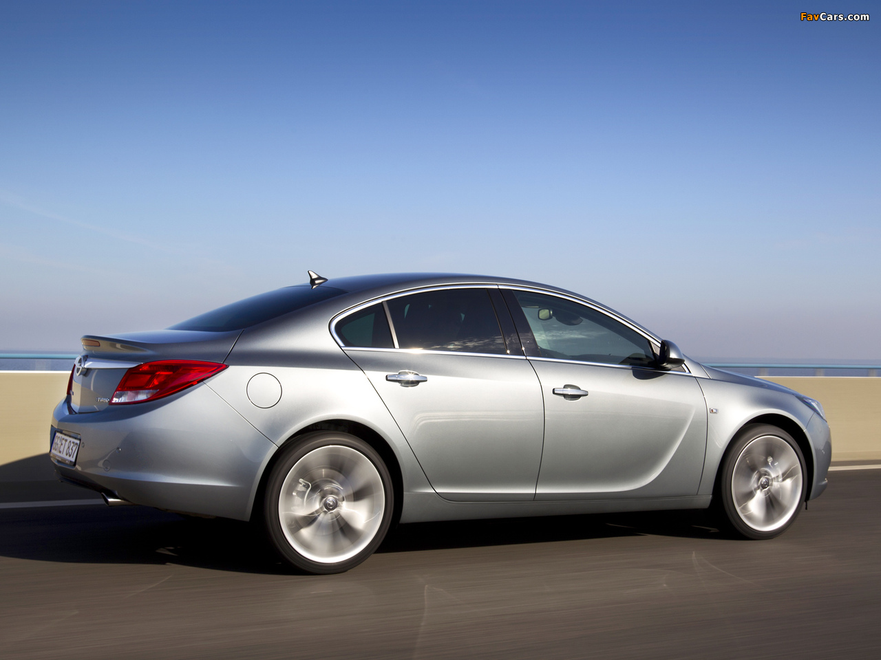 Opel Insignia BiTurbo 2012–13 pictures (1280 x 960)