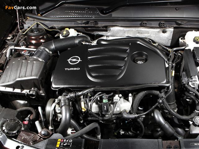 Opel Insignia Turbo Sports Tourer AU-spec 2012–13 pictures (640 x 480)