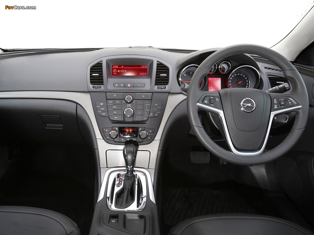 Opel Insignia Sports Tourer AU-spec 2012–13 wallpapers (1024 x 768)