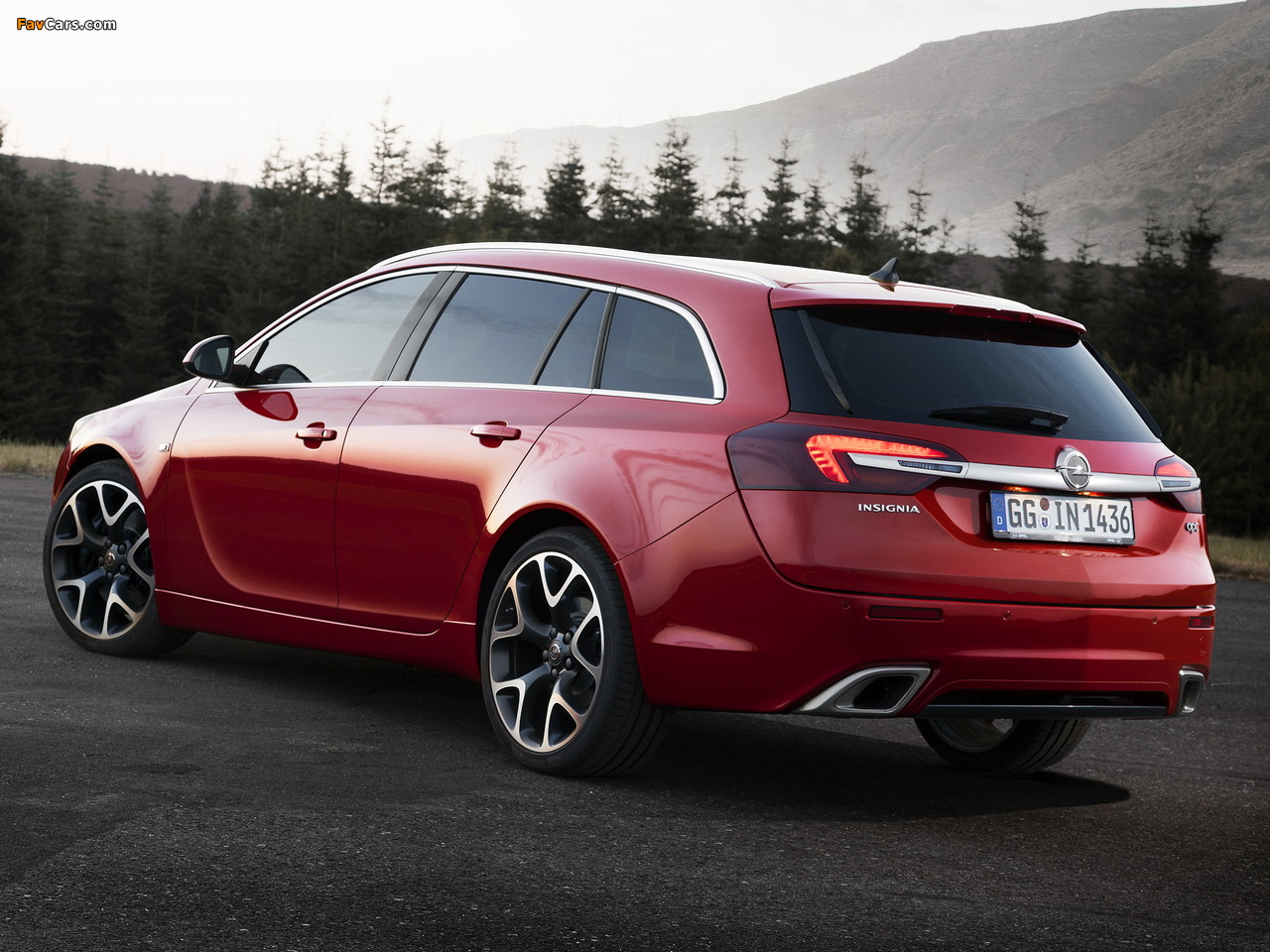 Pictures of Opel Insignia OPC Sports Tourer 2013 (1280 x 960)