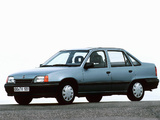 Photos of Opel Kadett Sedan (E) 1989–91