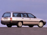 Pictures of Opel Omega Caravan (A) 1986–90