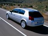 Photos of Opel Signum 2003–05