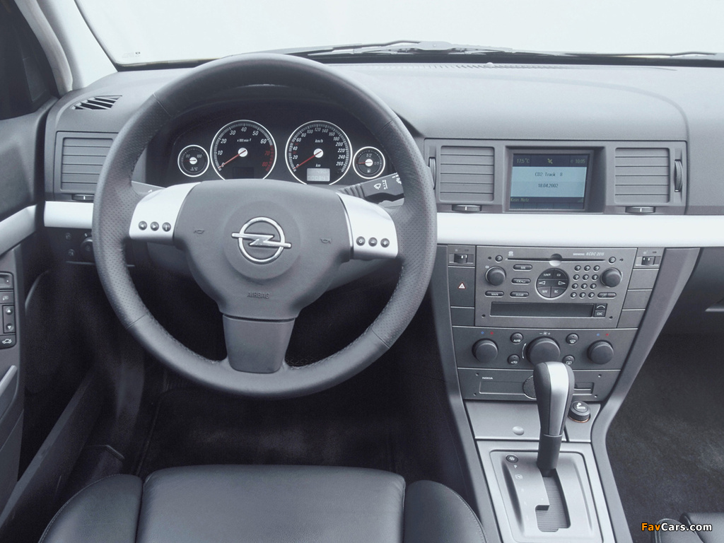 Images of Opel Vectra GTS (C) 2002–05 (1024 x 768)