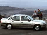 Opel Vectra Sedan (A) 1988–92 images