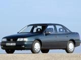Opel Vectra Sedan (A) 1992–95 photos