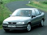 Opel Vectra V6 (A) 1993–95 photos