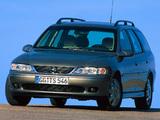 Opel Vectra Caravan (B) 1999–2002 pictures