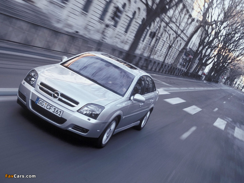 Opel Vectra GTS (C) 2002–05 photos (800 x 600)