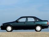 Photos of Opel Vectra Sedan (A) 1992–95