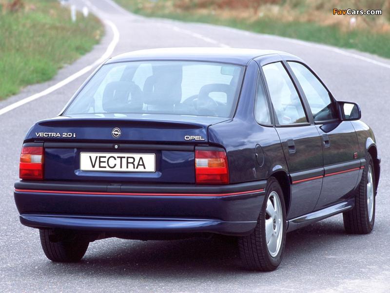 Photos of Opel Vectra GT Sedan (A) 1992–94 (800 x 600)