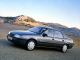 Pictures of Opel Vectra 1.8 S 4x4 Sedan (A) 1988–89