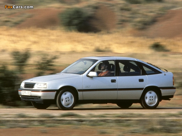 Opel Vectra GT Hatchback (A) 1988–92 wallpapers (640 x 480)