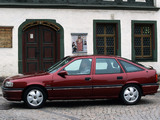 Opel Vectra Hatchback (A) 1992–95 wallpapers