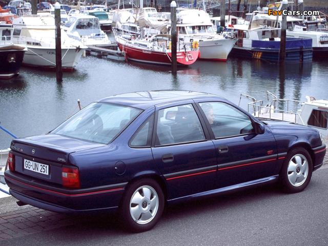 Opel Vectra GT Sedan (A) 1992–94 wallpapers (640 x 480)