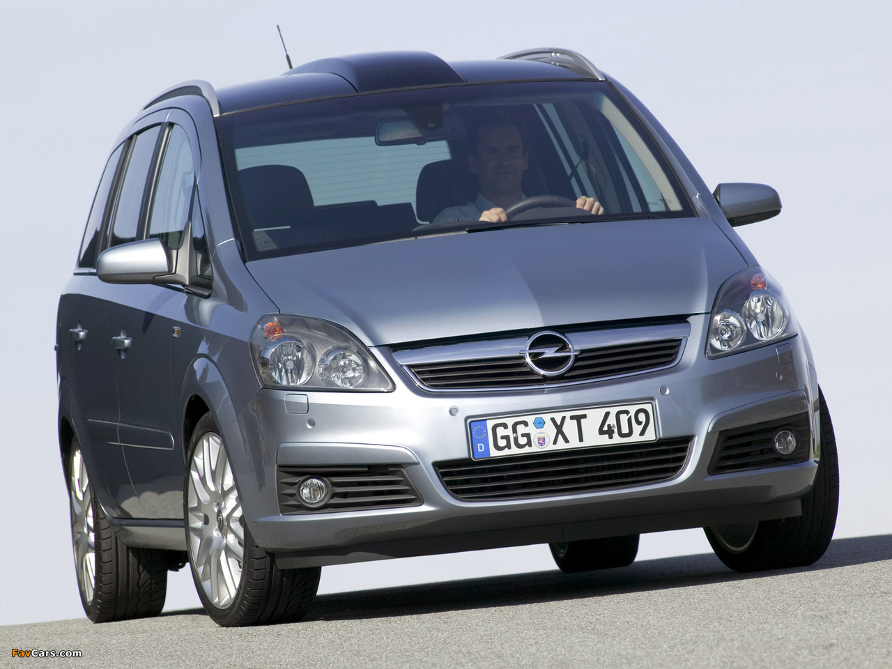 opel zafira 2 0 turbo b 2005 08 images 1280x960. Black Bedroom Furniture Sets. Home Design Ideas